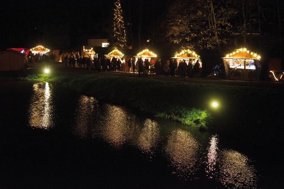 Weihnachtsmarkt Schloss Merode.Mrs Meierreiseservice Aachen Schloss Merode